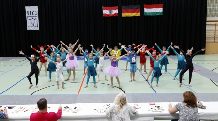 JUGEND - IIG Korneuburg - AN - Moderne Gruppenformation bis 11 Jahre (36)
