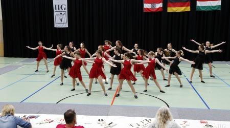 JUNIOREN - IIG Korneuburg - AP - Moderne Guppenformation 12-15 mit Hebefiguren - 1 Runde (38)