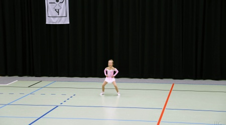 LAURA - IIG Korneuburg - AA - Kids Solo Gardetanz 4-7 Jahre (9)